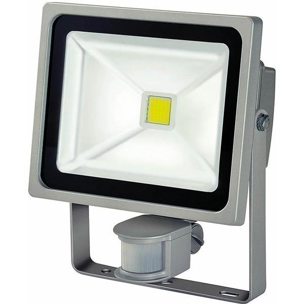 Brennenstuhl Chip LED Light seinälamppu liiketunnistimella 30W IP4