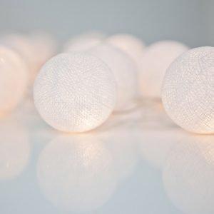 Irislights Pallovalot Pure White 10 Kpl