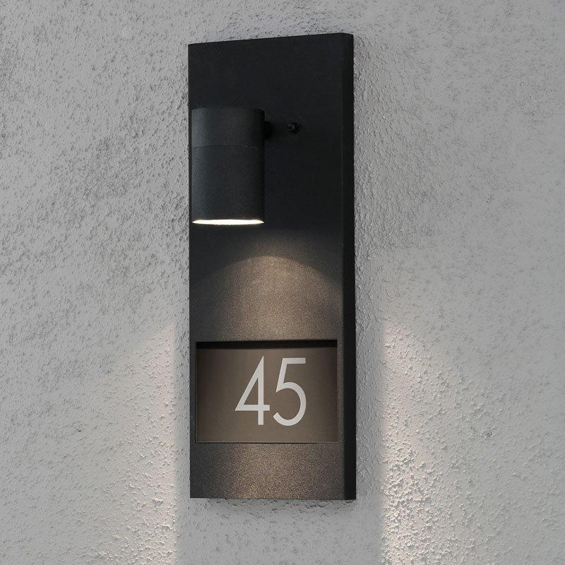 Konstsmide Modena Seinävalaisin SIS. TALONUMERON Musta
