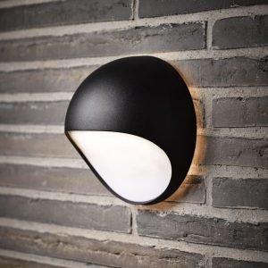 LED-seinävalaisin Fuel 202x115x202 mm musta