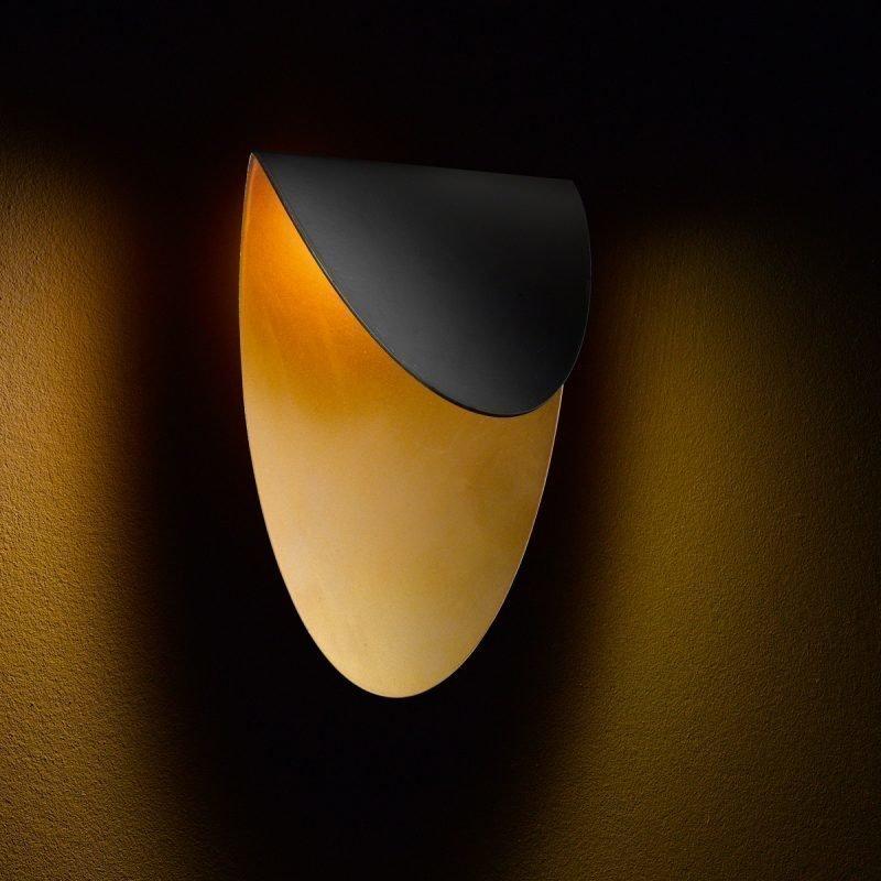 LED-seinävalaisin Lips 150x105x210 mm musta