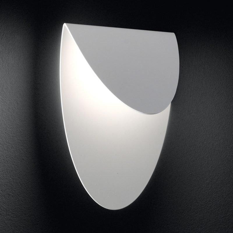 LED-seinävalaisin Lips 150x105x210 mm valkoinen