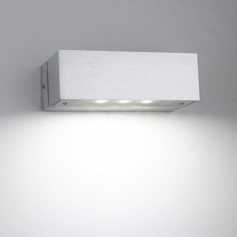 LED-seinävalaisin Wall Angular 3W 3000K 200lm IP44 150x80x50 mm yksisuuntainen