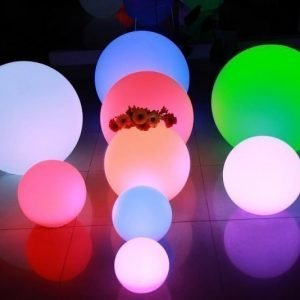 LED-valopallo LED Ball 15 3W 150lm IP65 Ø 150 mm RGB+valkoinen