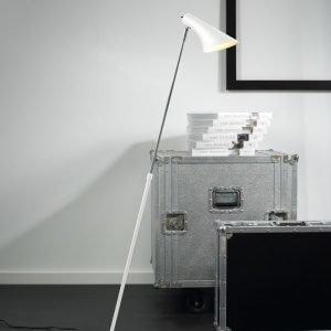 Lattiavalaisin Vanila 145x740/1290 mm valkoinen